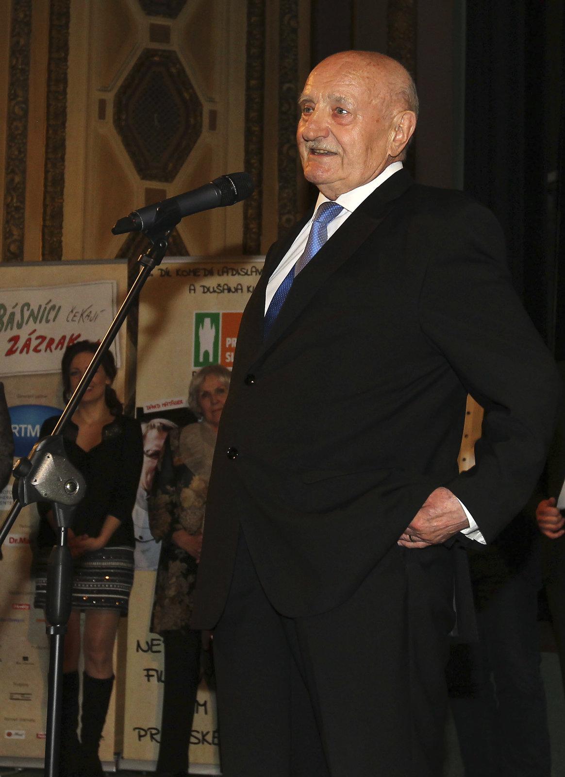 Josef Somr při delegaci herců.