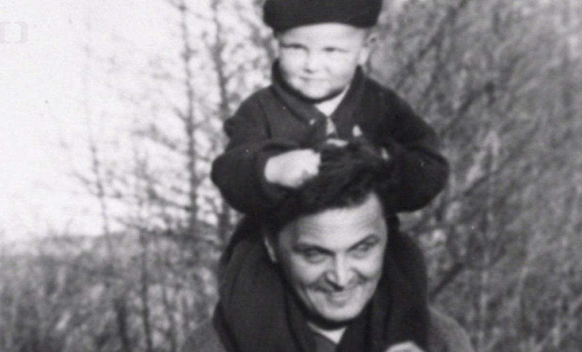 Fotek se svým otcem měl Vladimír Čech velmi málo.