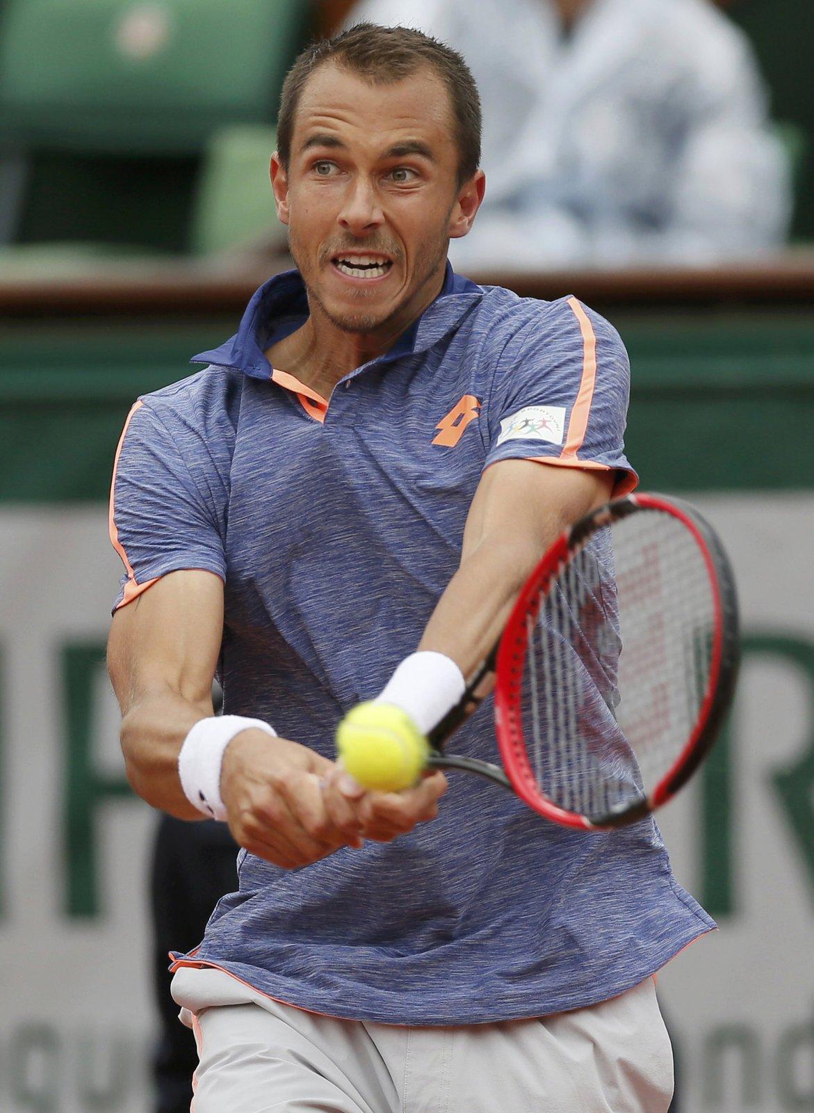 Lukáš Rosol v zápase prvního kola French Open proti Stanu Wawrinkovi