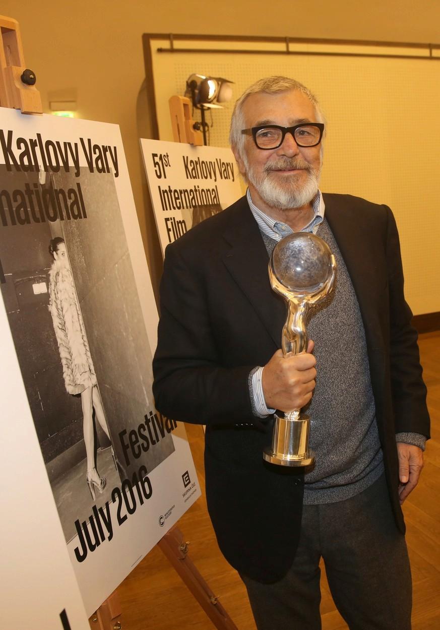 Jiří Bartoška na tiskové konferenci k 61. ročníku Filmového festivalu Karlovy Vary.