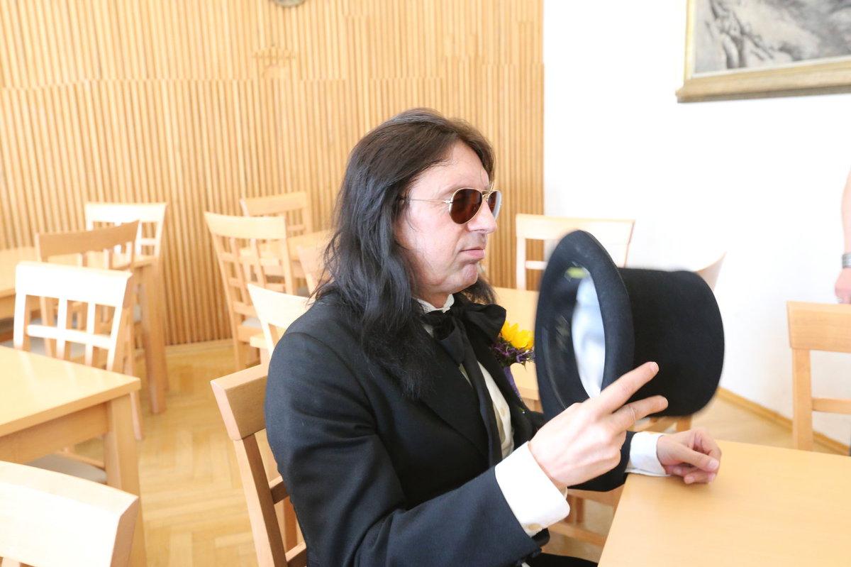 Svatba rockera Aleše Brichty