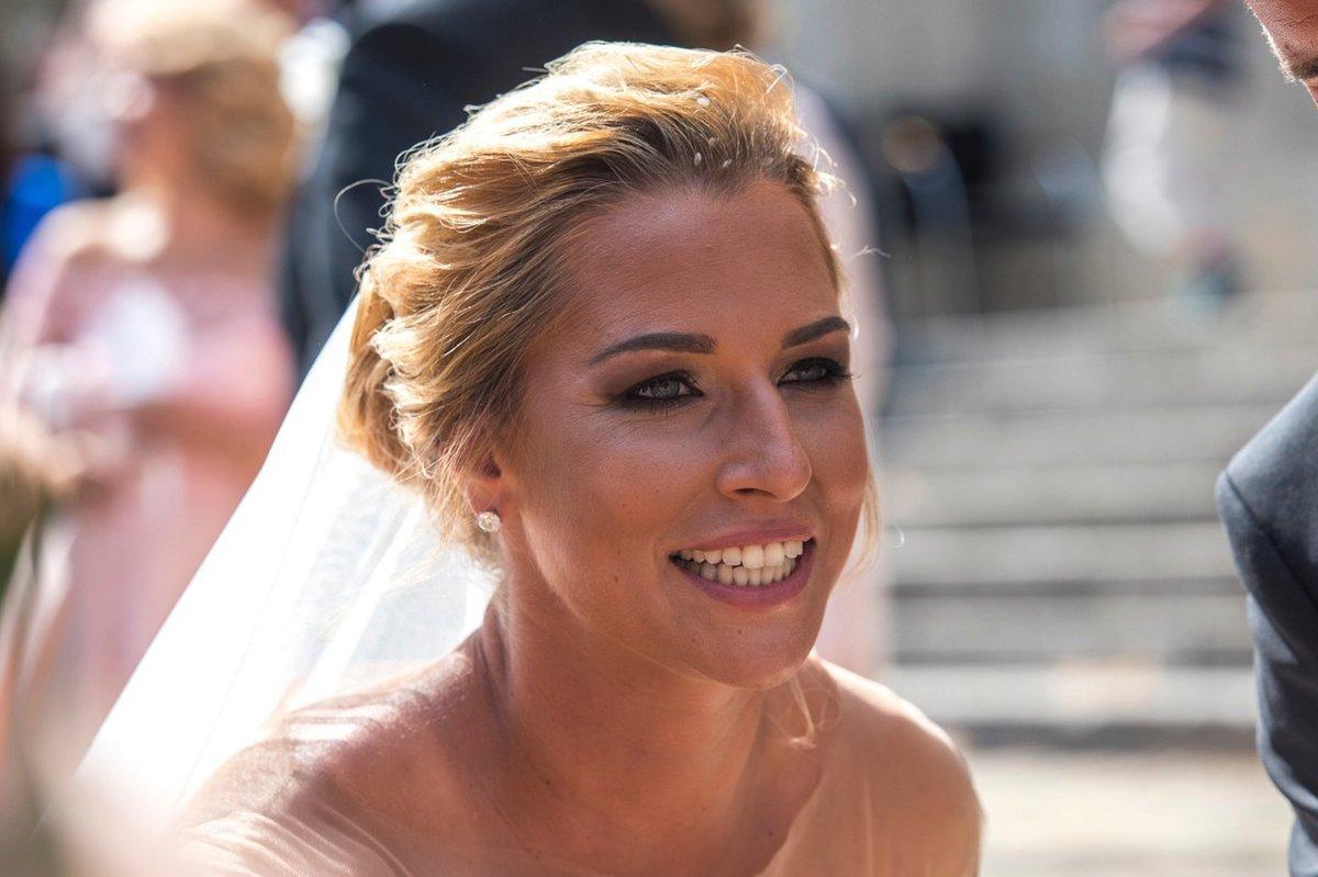 Dominika jako nevěsta