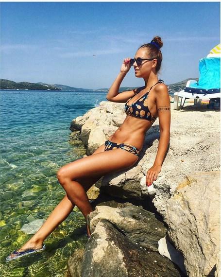 Lucie Kovandová je u moře v Chorvatsku.