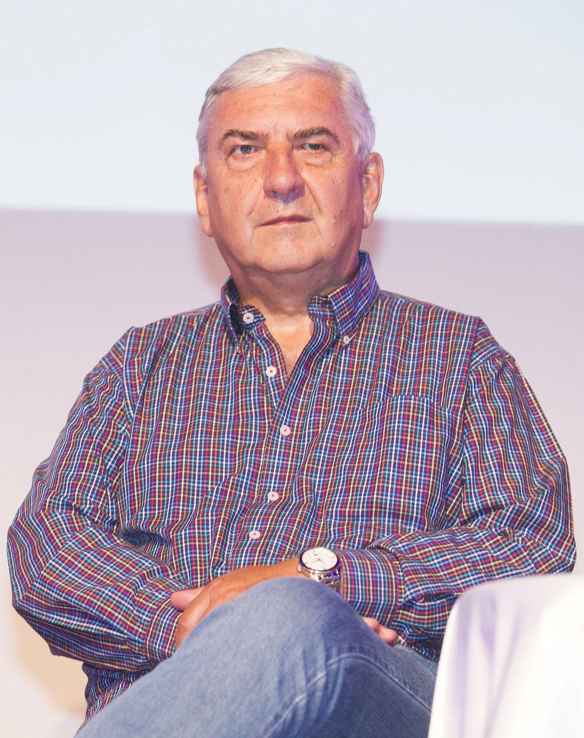 Miroslav Donutil na tiskové konferenci České televize.