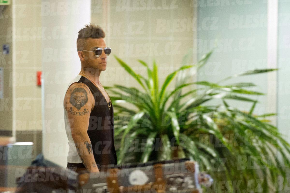 Robbie Williams dorazil do Prahy na ruskou veselku na Žofíně