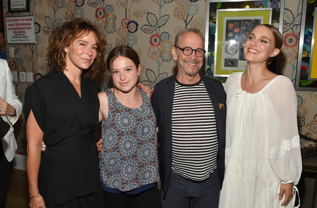 Jennifer vyvedla tátu Joela a dceru Stellu.