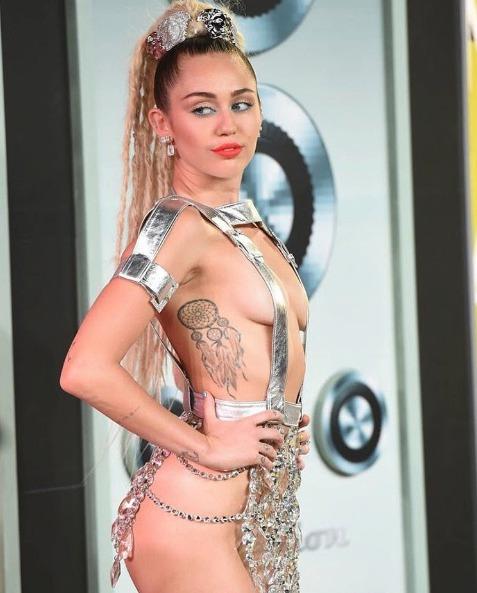 Miley Cyrusová