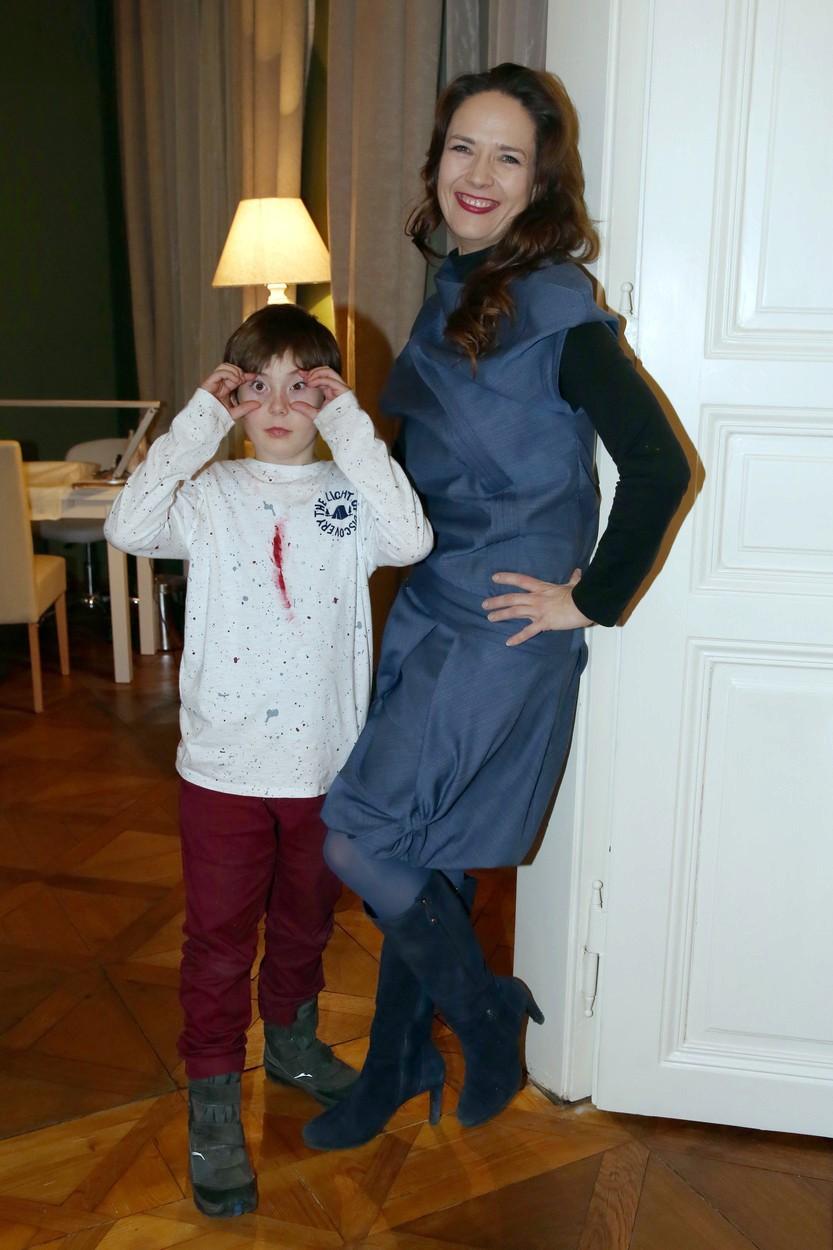 Tereza Kostková se synem