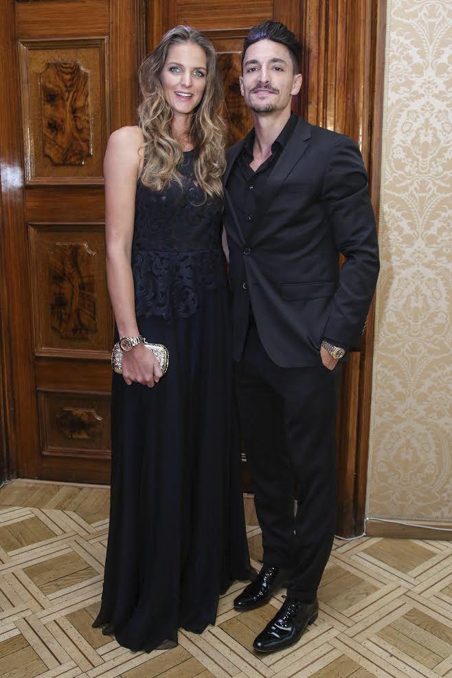Karolína s Michalem se poprvé vydali do společnosti.