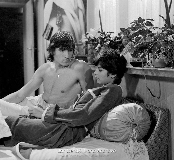 1980. Příliš mladí na lásku
