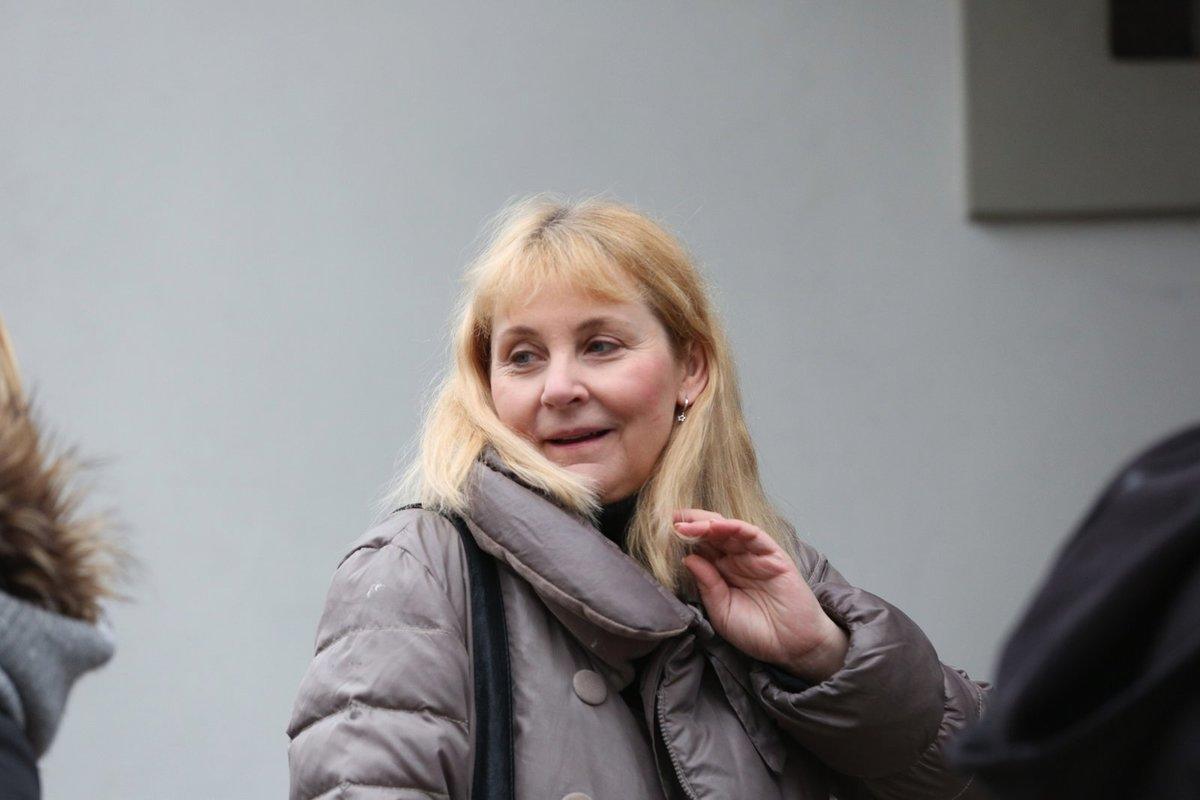 Poslední rozloučení s maminkou Veroniky Gajerové.