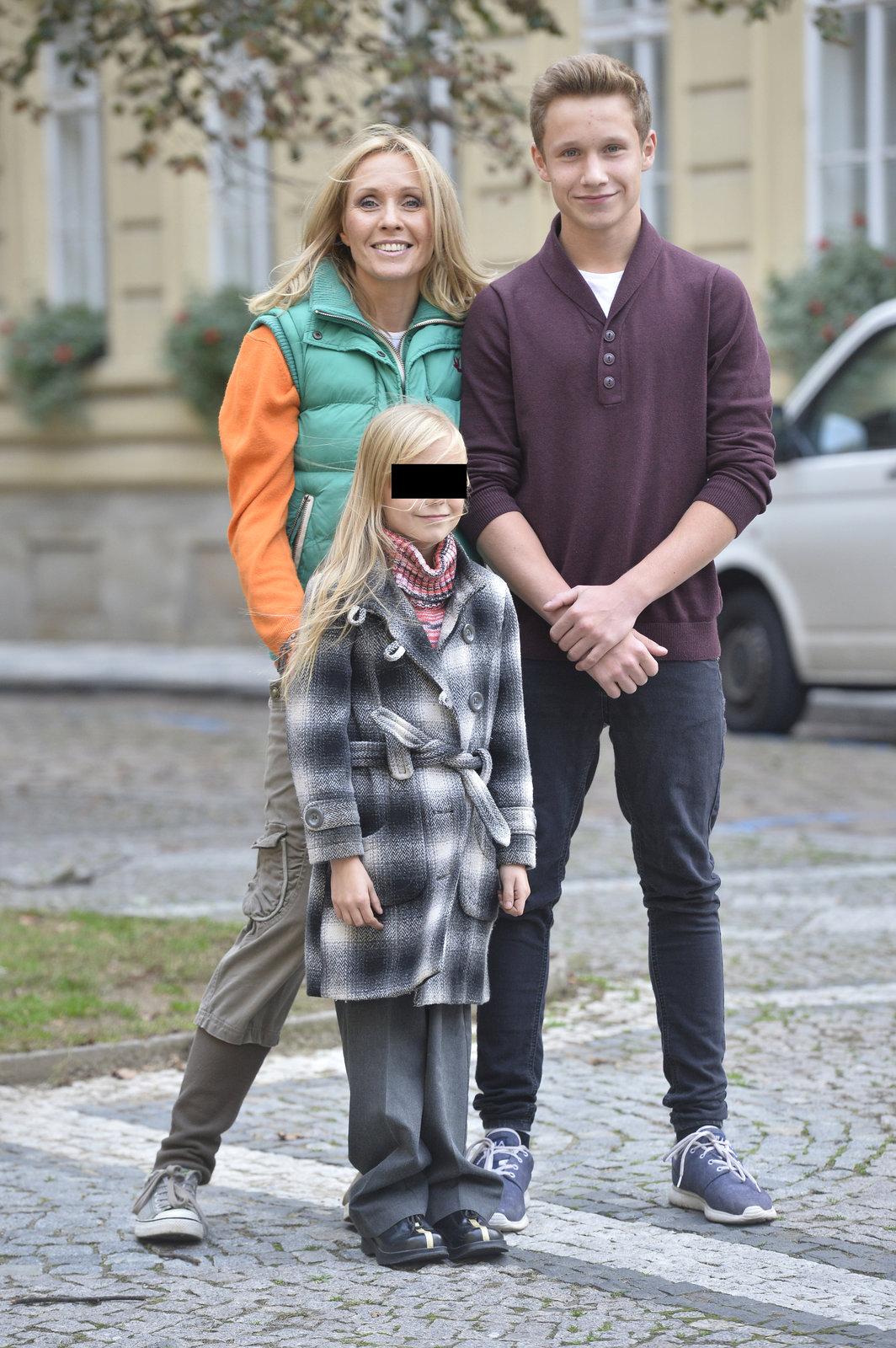 Tereza Pergnerová s dcerou a synem