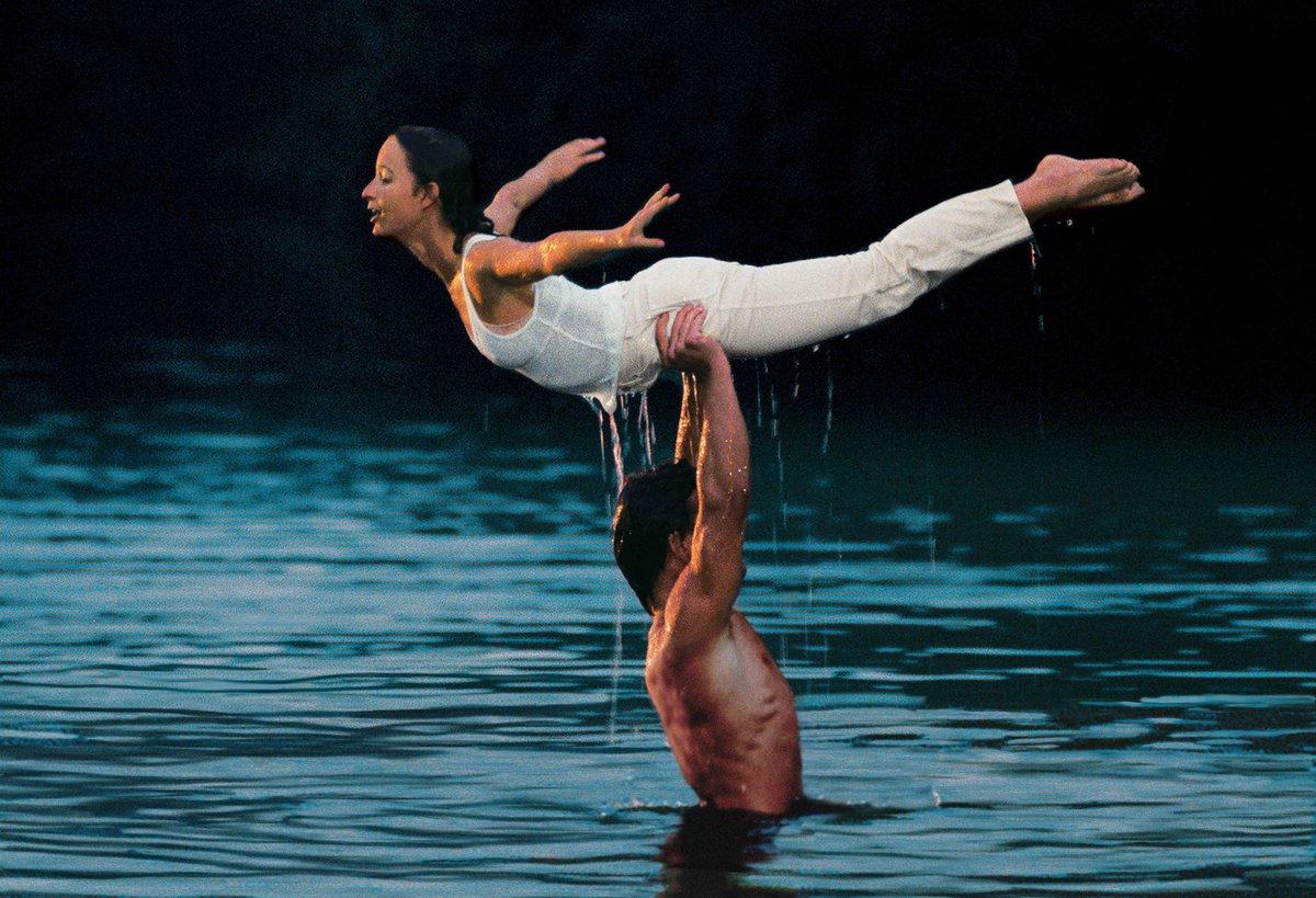 Patrick Swayze a Jennifer Greyová v nejslavnější scéně filmu Hříšný tanec.