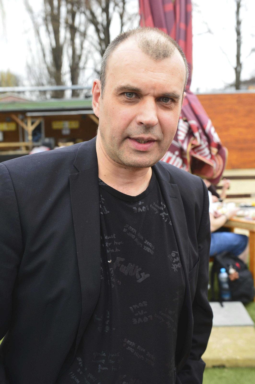 Petr Rychlý se připravuje na novou roli dědečka.