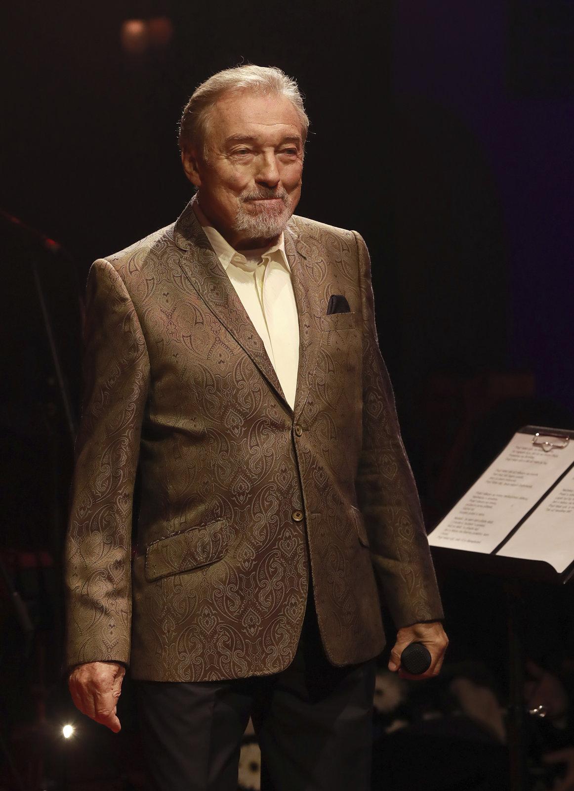 Český rozhlas odstartoval Gottovu kariéru.