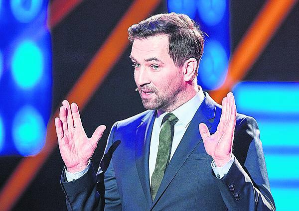 Ondřeje známe všichni jako moderátora show Tvoje tvář má známý hlas. Zvládá toho ale mnohem víc!