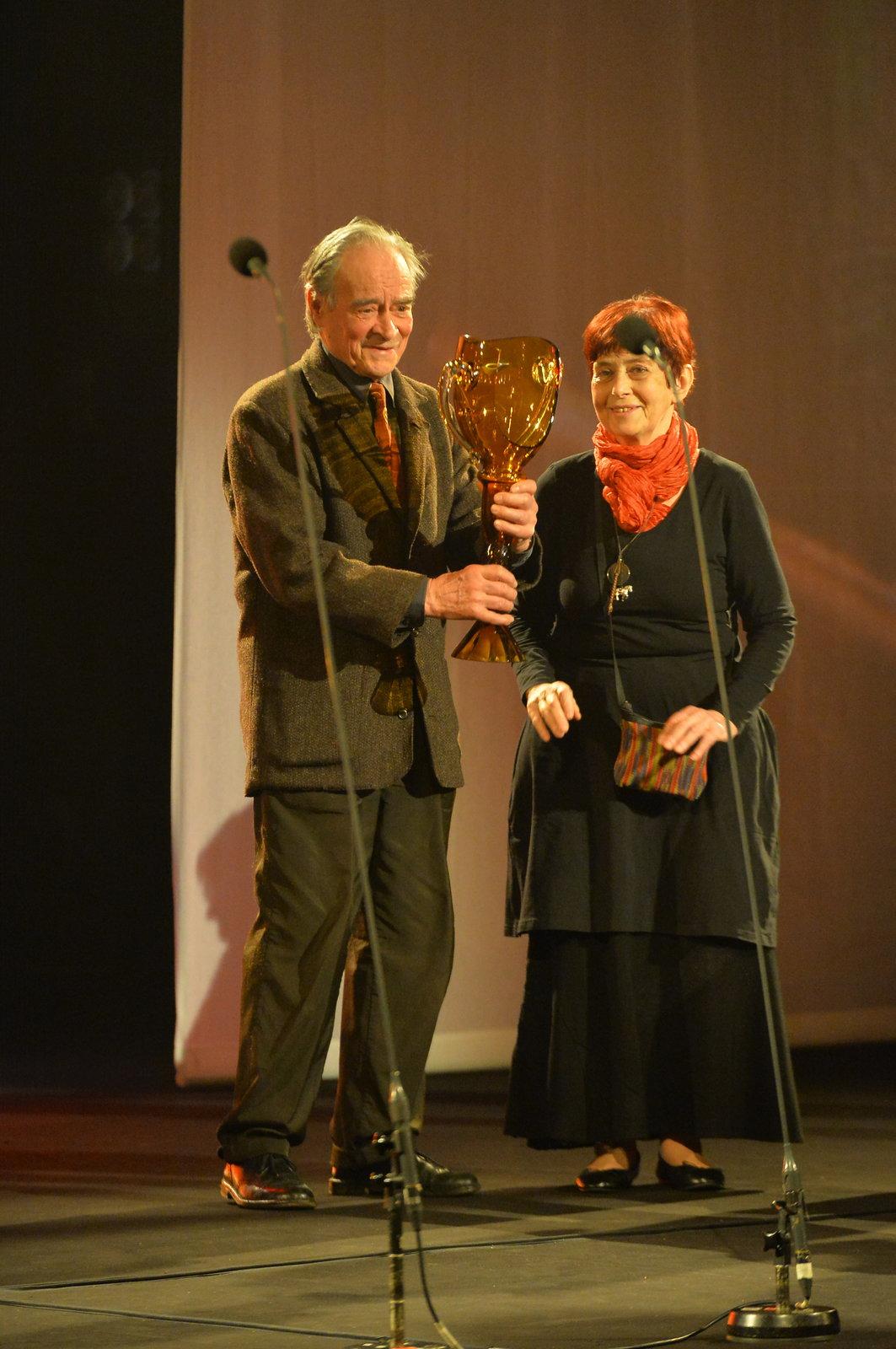 Věra Říčařová a František Vítek získali cenu Thálie za celoživotní mistrovství v oboru loutkového divadla.