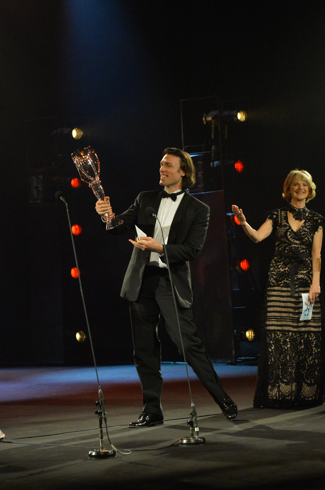 Thomas Weinhappel získal Cenu Thálie za roli Hamleta.