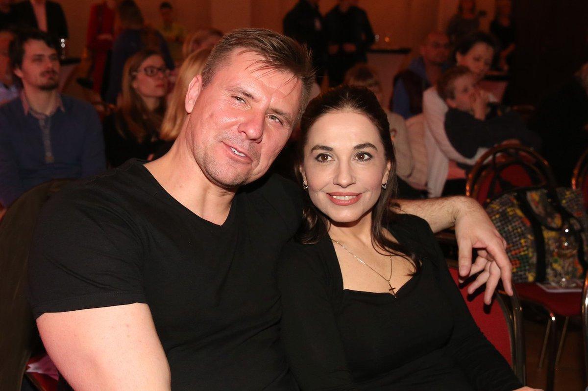Michaela Kuklová se nemohla od svého přítele odtrhnout