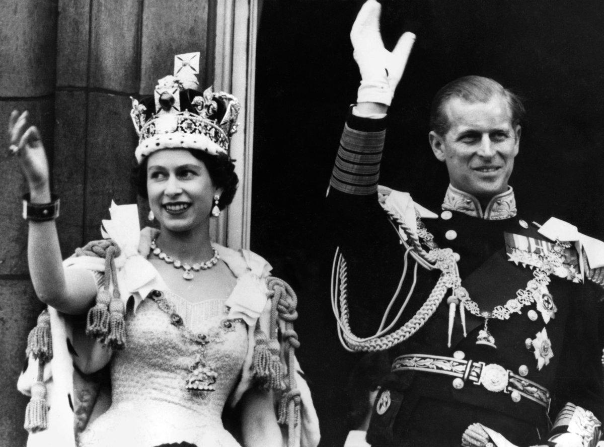 Alžběta II. v den korunovace.