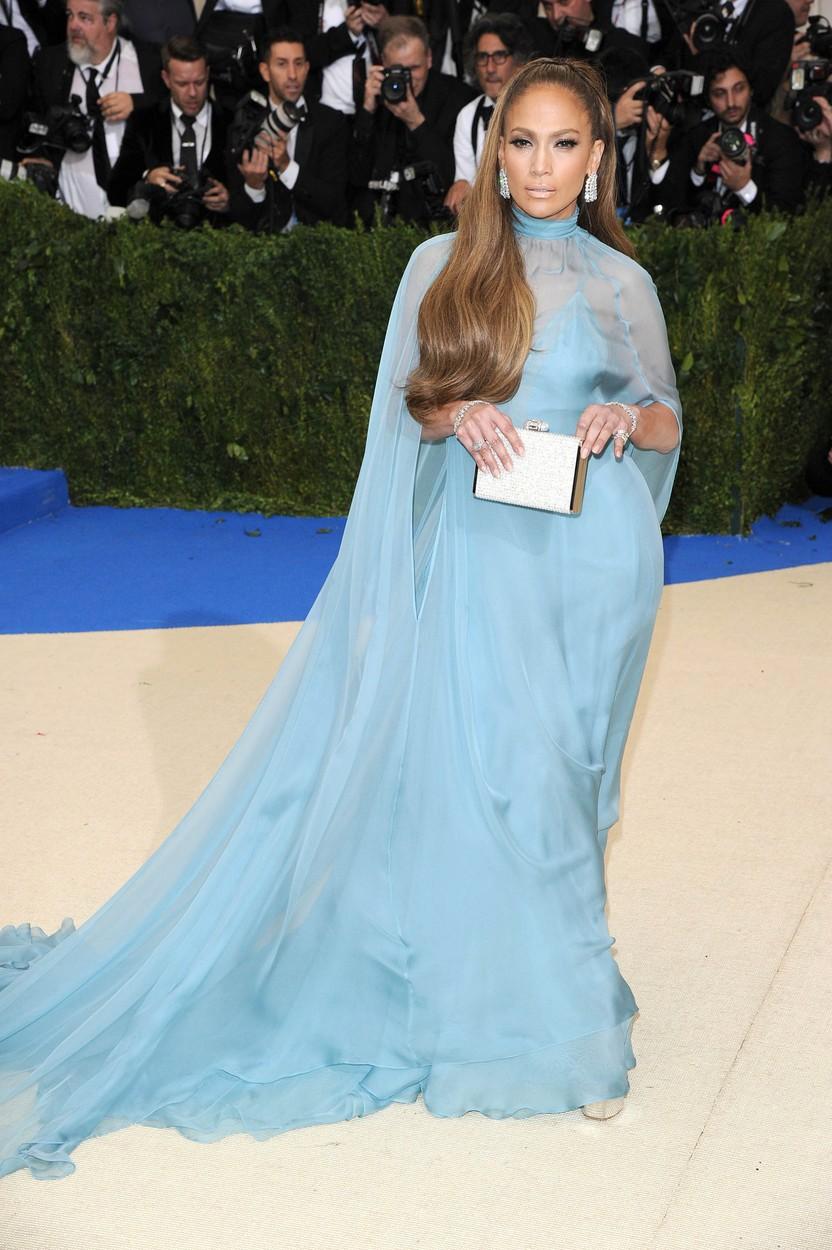 Na akci Met Gala dorazila i Jennifer Lopez.