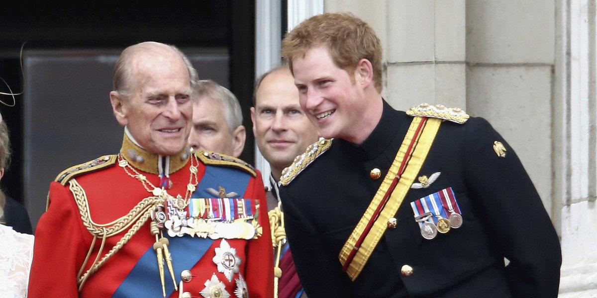 Princ Philip s princem Harrym.