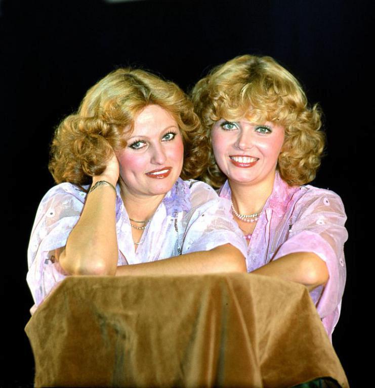 Duo Kamelie – Hana Buštíková a Dana Vlková.