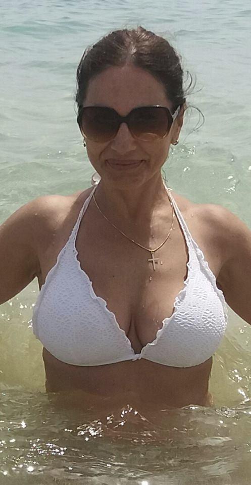 Michaela Kuklová na dovolené vystavila tělo v plavkách.
