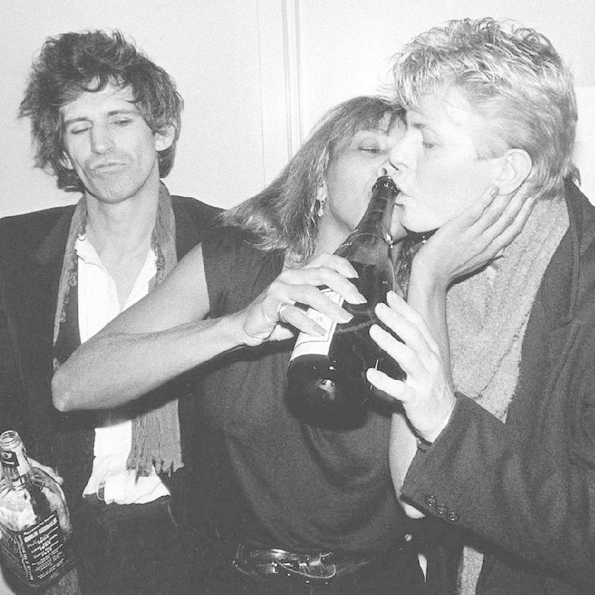 1983: Pařba Bowieho s Tinou Turner a Keithem Richardsem.