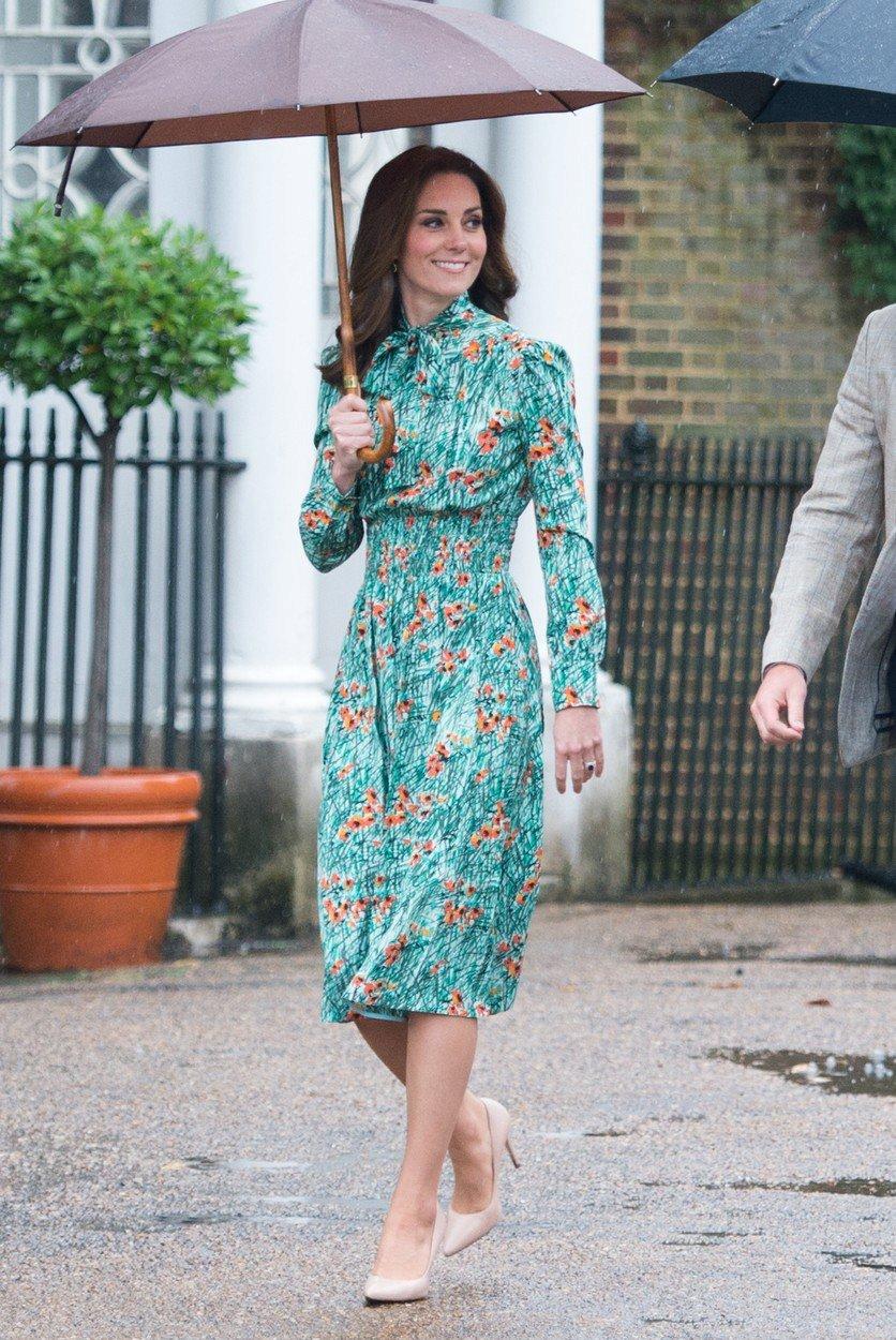 Vévodkyně Kate pár dní před tím, než oznámila třetí těhotenství.