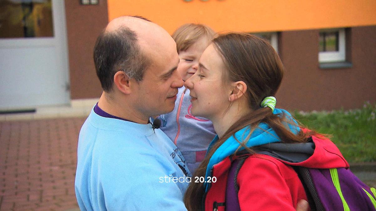 Výměna manželek se 17ti letou matkou Ivou