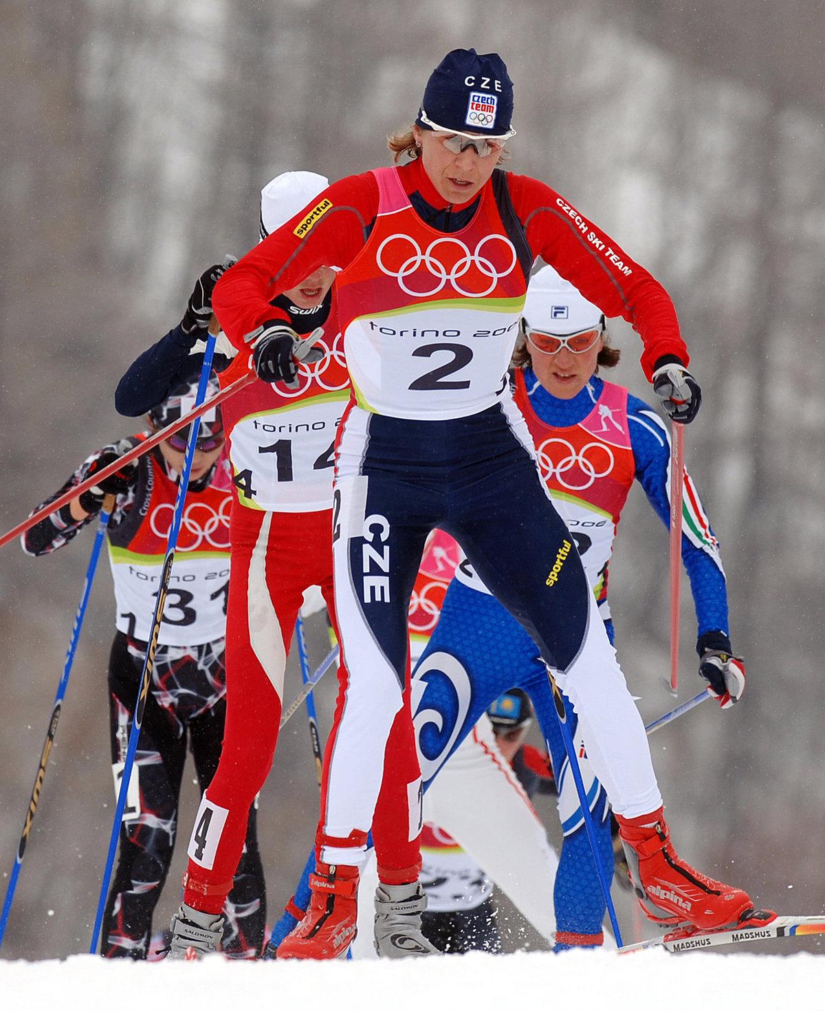 Kateřina Neumannová na volné třicítce na olympiádě v Turíně, kde nakonec získala své slavné zlato