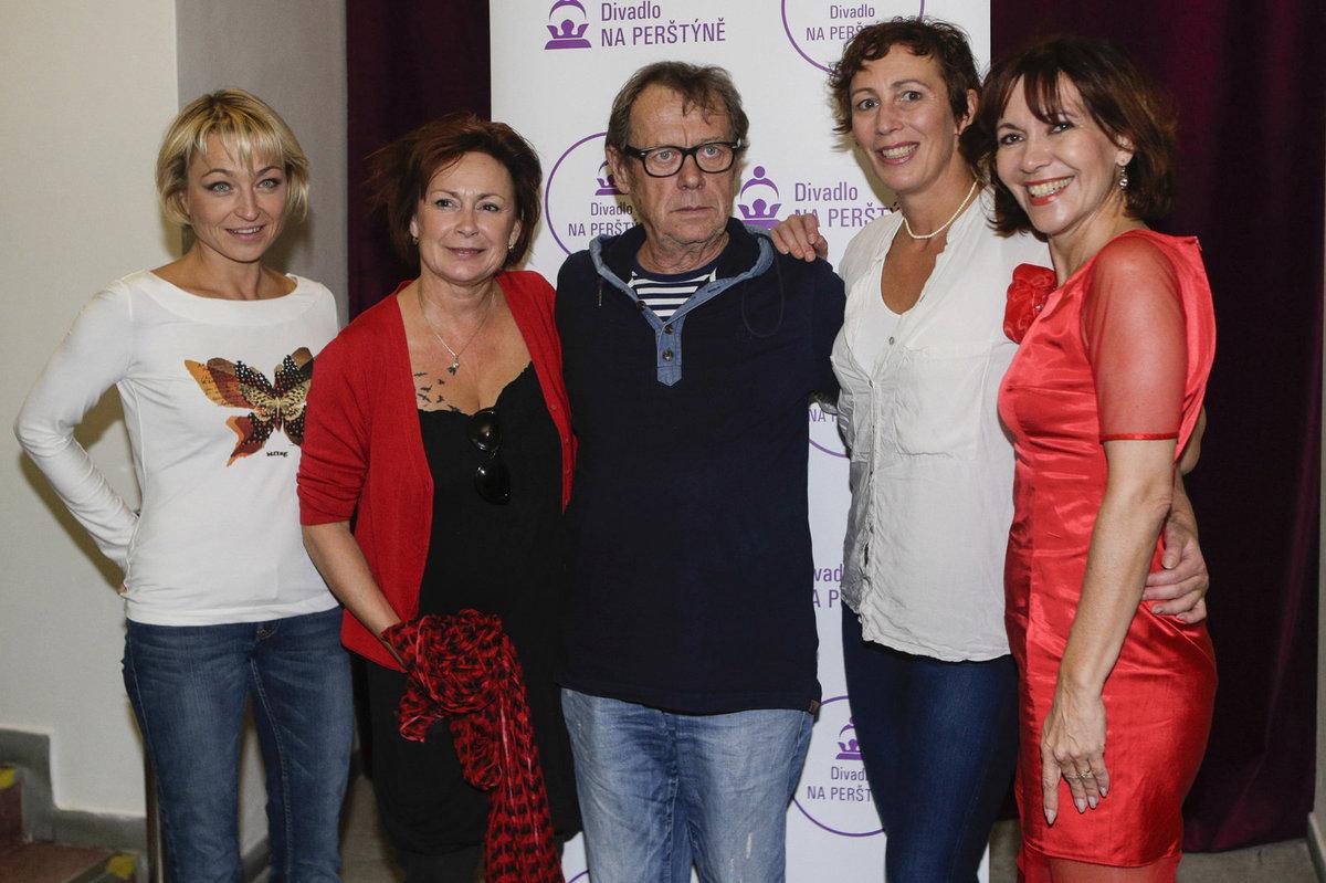 Klára Cibulková, Ilona Svobodová, Oldřich Vízner, Kristýna Frejová a Michaela Dolinová