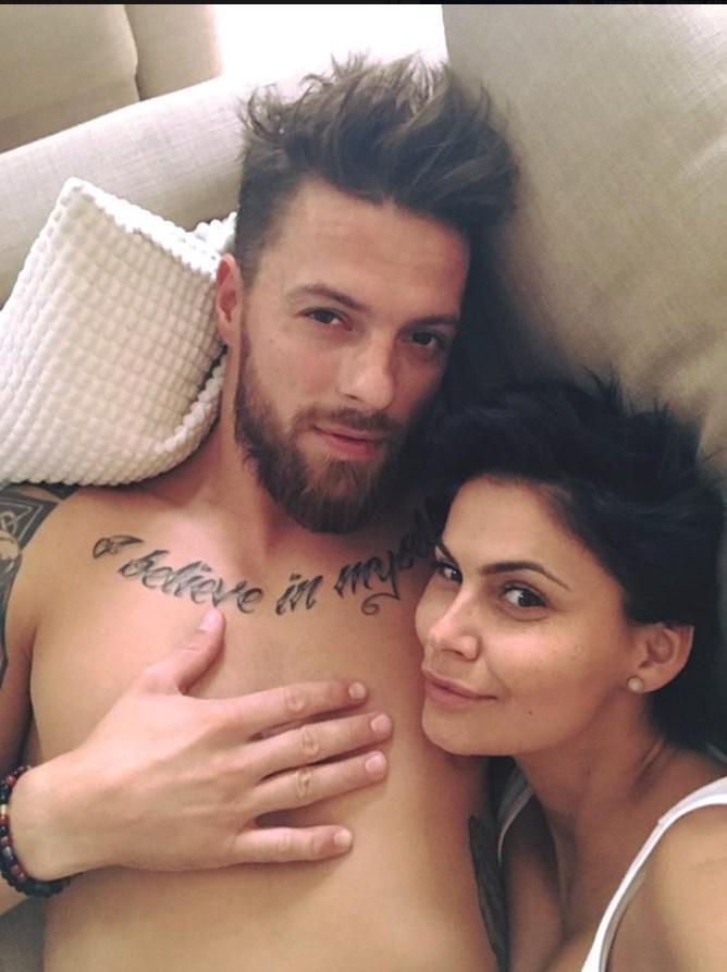 Vlaďka Erbová s hokejistou Michalem Gulašim.