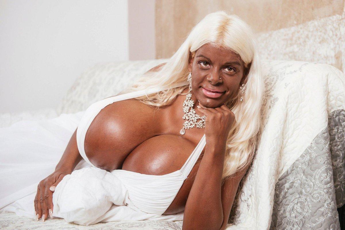 velká černoška nahá www plné hd porno