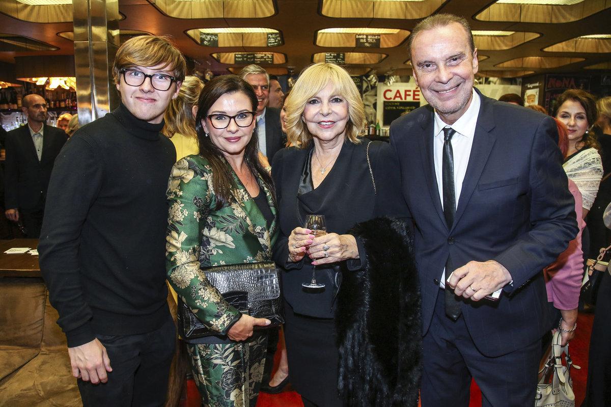 Dana Morávková se synem Petrem, Hana Zagorová a Štefan Margita
