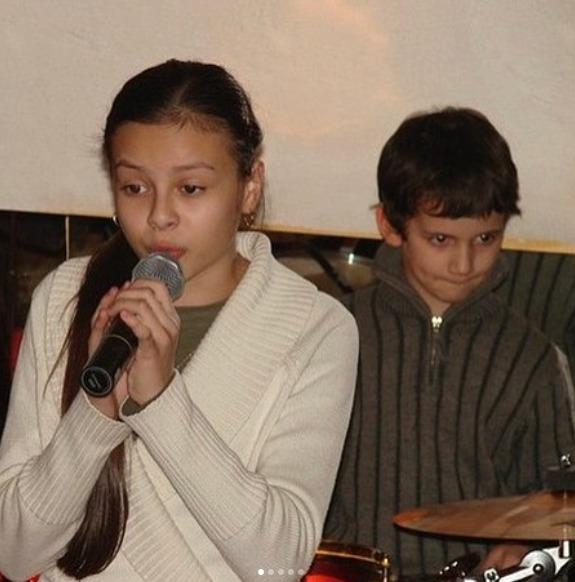 Monika Bagárová a Dávid Hodek v roce 2007. Znali se už jako děti.