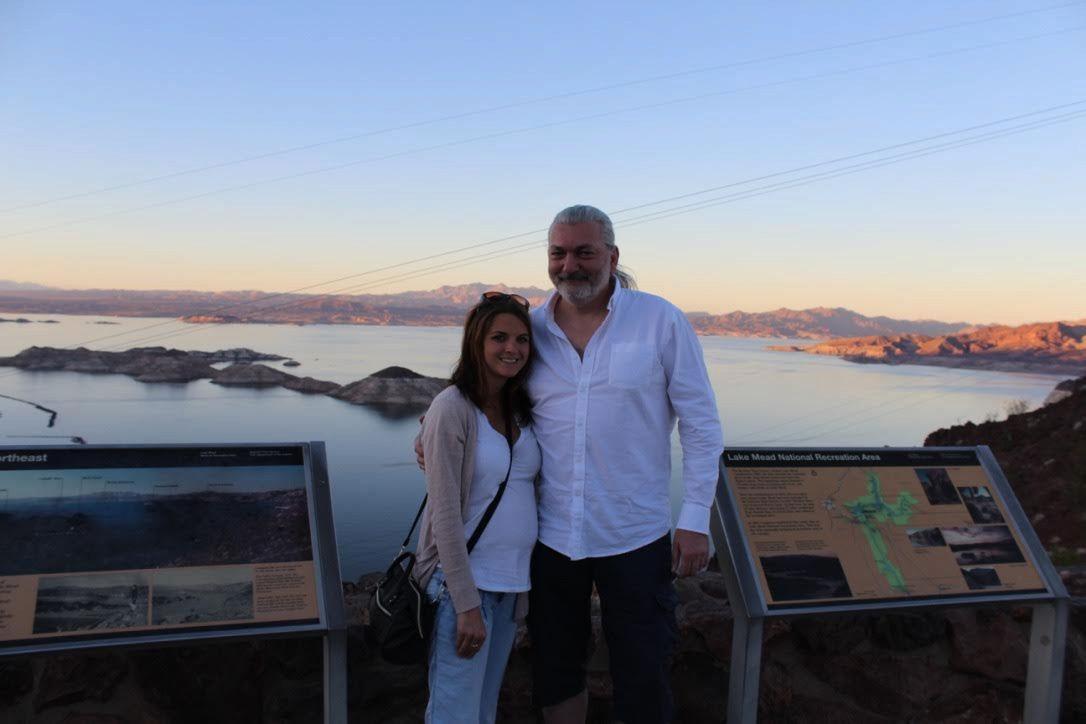 Hůlka vyrazil i s novomanželkou do Colorada
