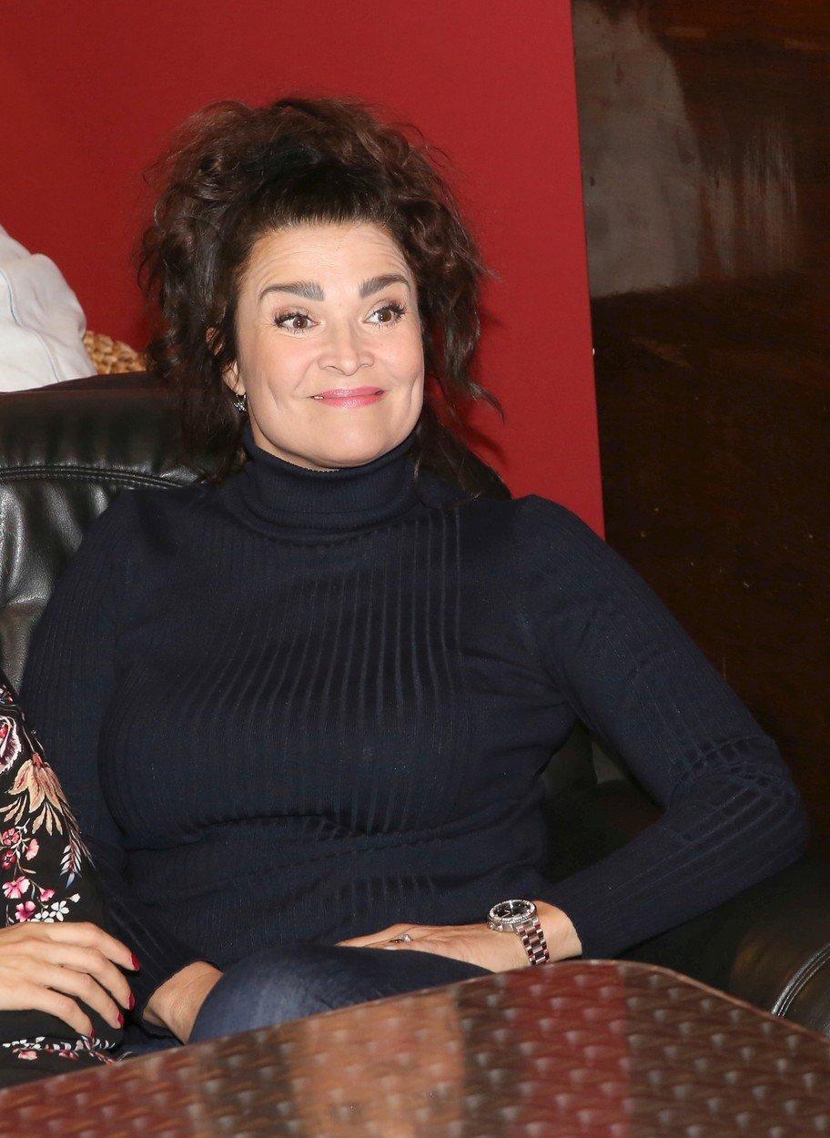 Mahulena Bočanová vyšla mezi lidi v prapodivném modelu.