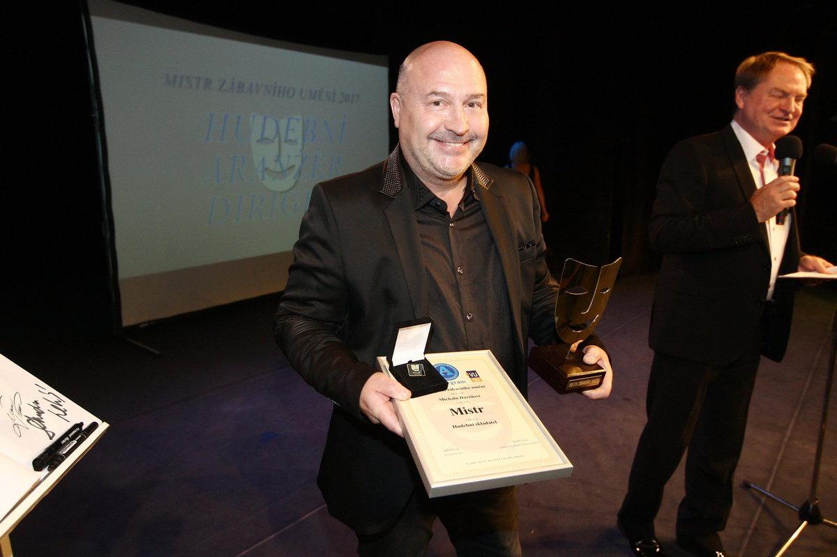 Michal David vyhrál mezi hudebními skladateli