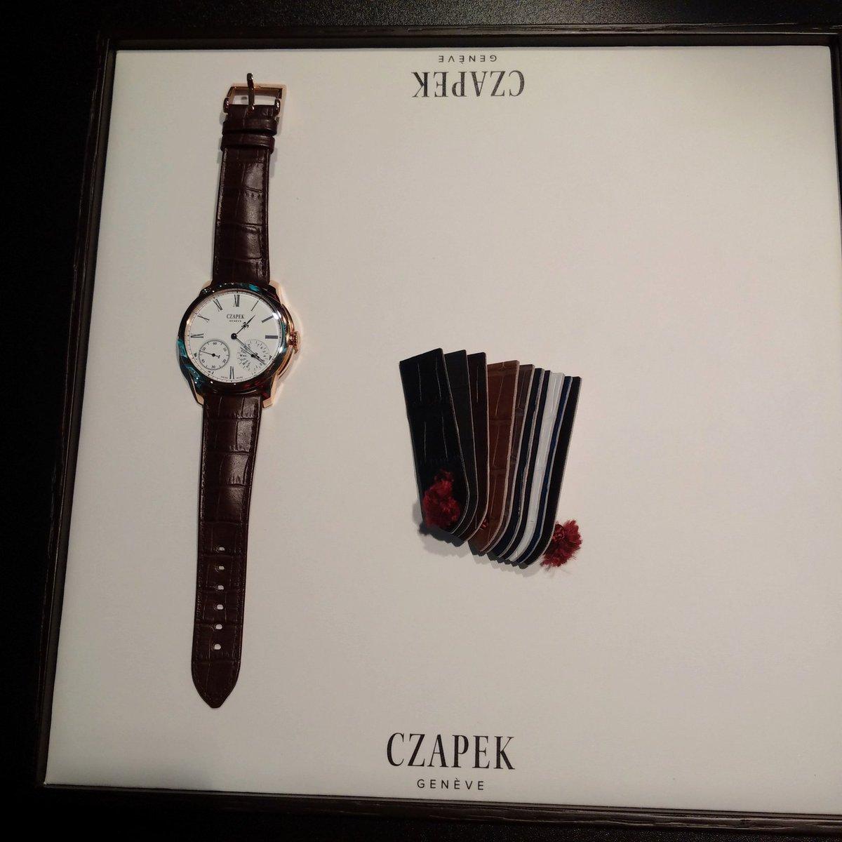 Luxusní hodinky na výstavě v Brně.