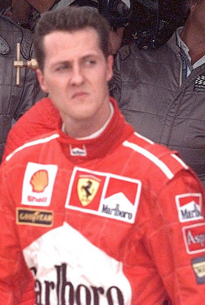 Schumacher se připravil o titul i důstojnost