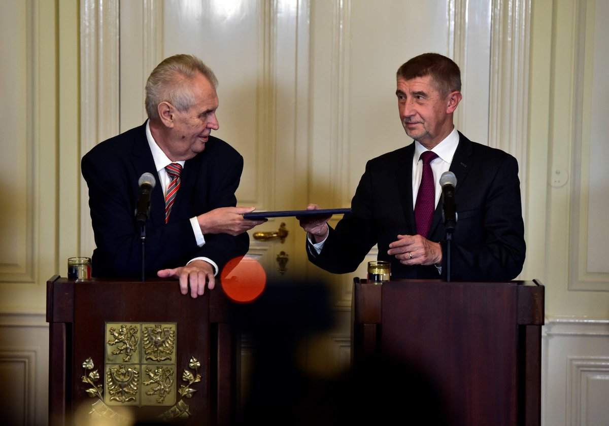Prezident Miloš Zeman pověřil Andreje Babiše vyjednáváním o sestavení vlády.