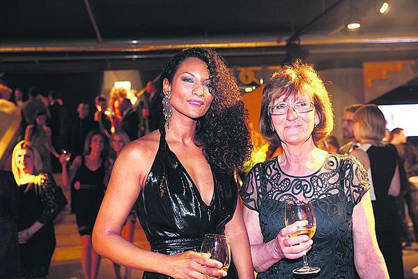 Lejla s maminkou na Miss 2016.