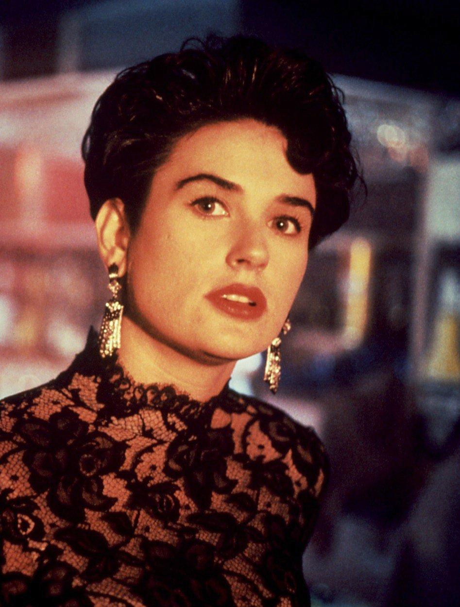 Demi Moore v seriálu Příběhy ze záhrobí (1990)