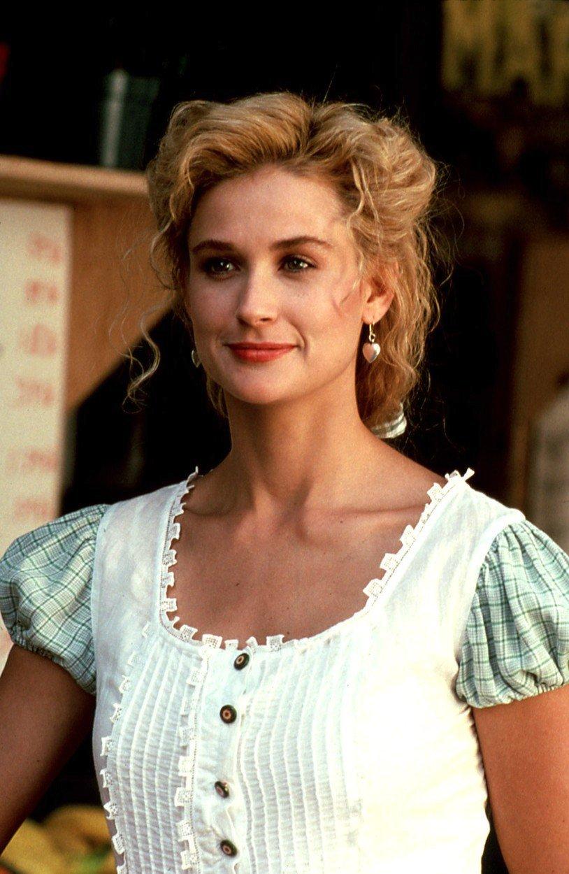 Demi Moore jako blondýnka ve filmu Řezníkova žena (1991)