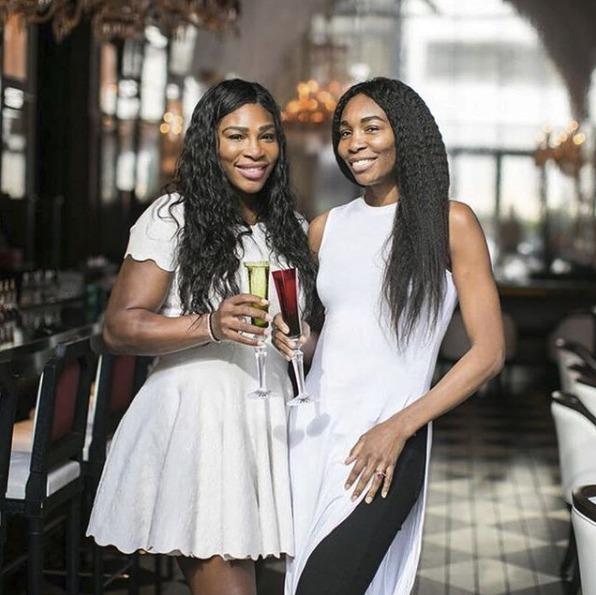 Serena Williams se svou sestrou Venus
