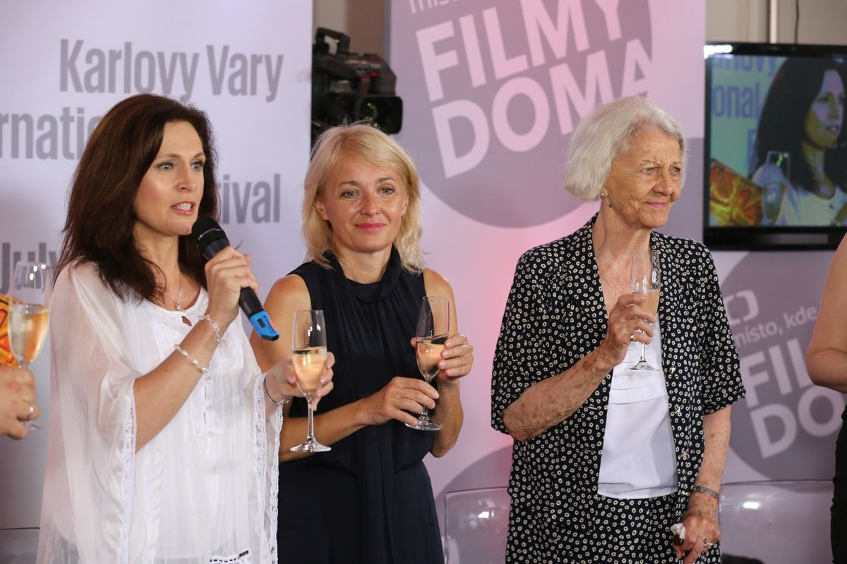 Iveta Toušlová, Veronika Žilková a Heda Čechová