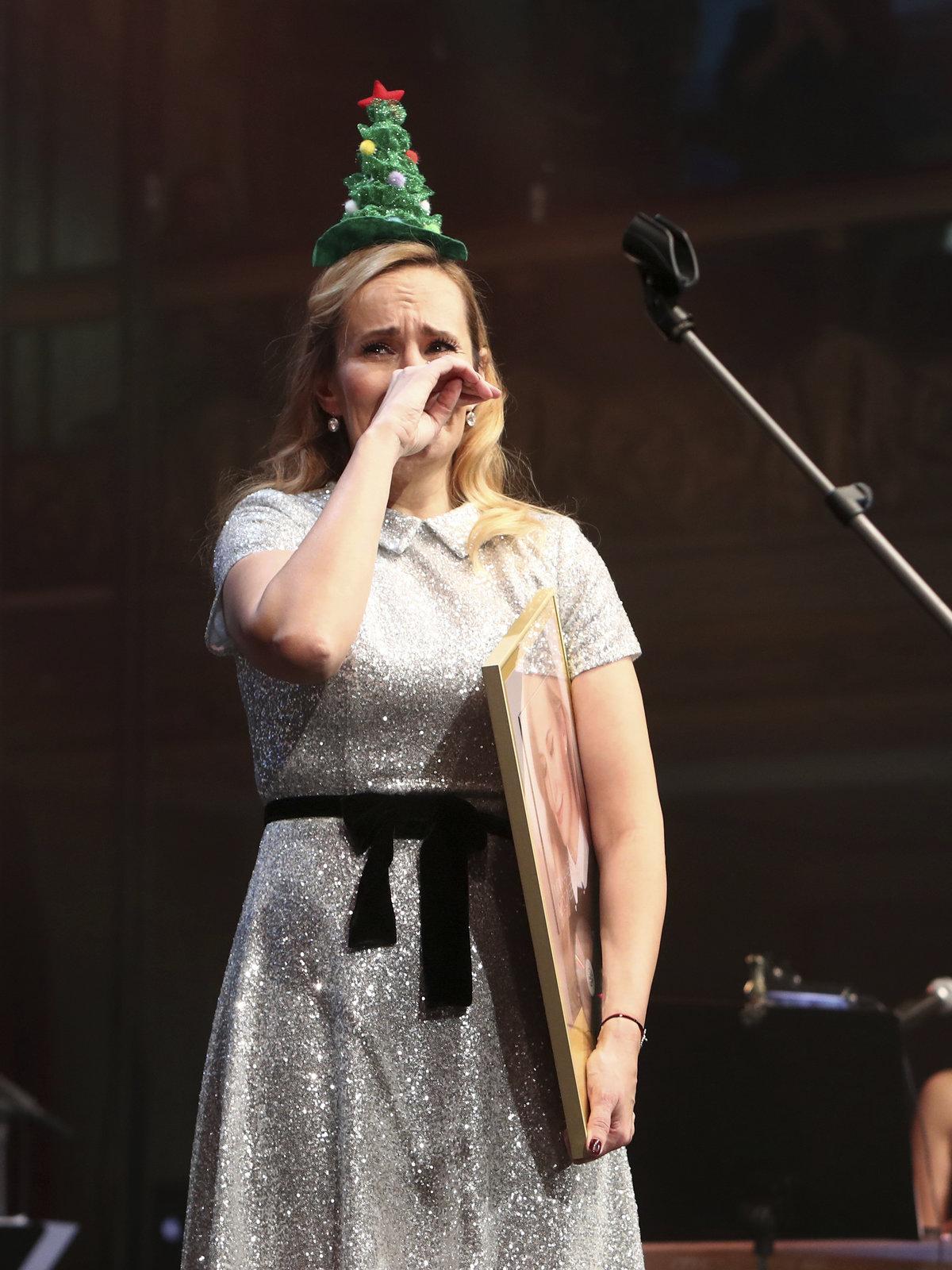 Monika Absolonová neudržela na koncertě v Lucerně slzy.