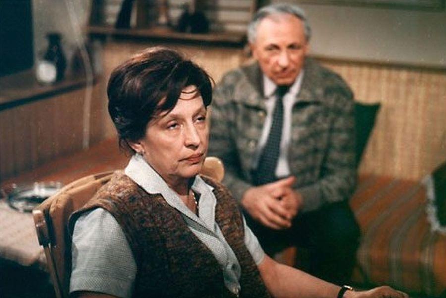 1981 - Dana Medřická jako doktorka Fastová s Ladislavem Chudíkem v Nemocnici na kraji města